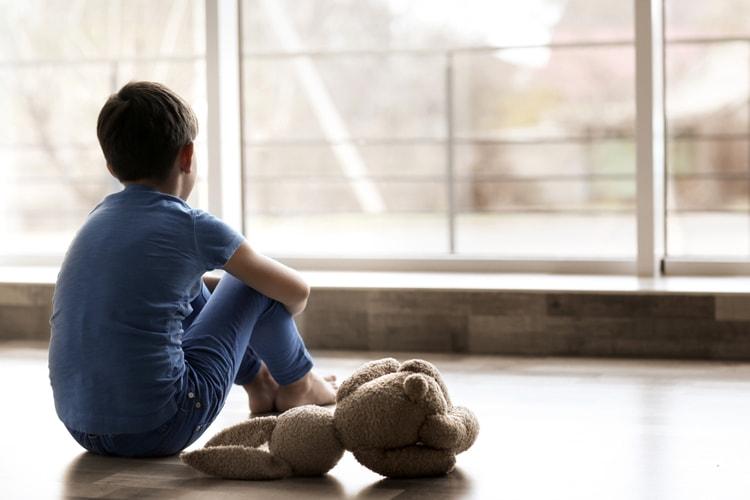 autizm belgilari