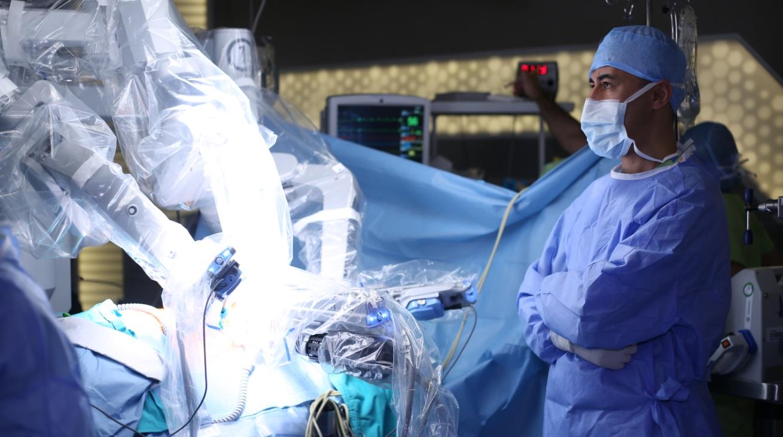 Photo of Innovtsiya: Umurtqa pog'onasi operatsiyasi uchun bebaho robot-jarroh
